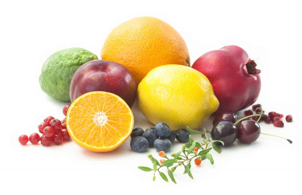 Ningxia Red juomassa on käytetty myös  greipinsiemenuutetta (Vitis vinifera) , mustikan (Caccinium corymbosum), luumun (Prunus domestica), aronian (Aronia melanocarpa), kirsikan (Prunus avium), and granaattiomenan (Punica granatrum) mehua. Nämä sisältävät myös paljon antioksidantteja ja muita vitamiineja. Pääainesosa tässä seoksessa on greipinsiemenuute, koska siinä on paljon polyfenoleita, jotka tukevat normaalia solutoimintaa.